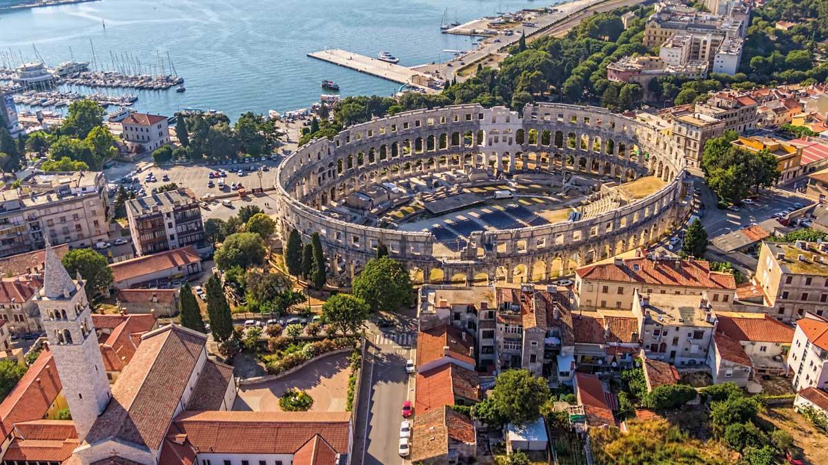 Arena von Pula in Istrien