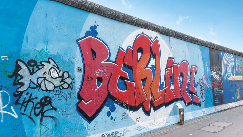 """""""Berlin-Graffiti"""" an Berliner Mauer"""
