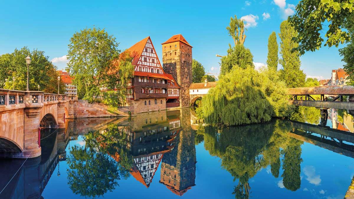 Pegnitz und Fachwerkhäuser in Nürnberg