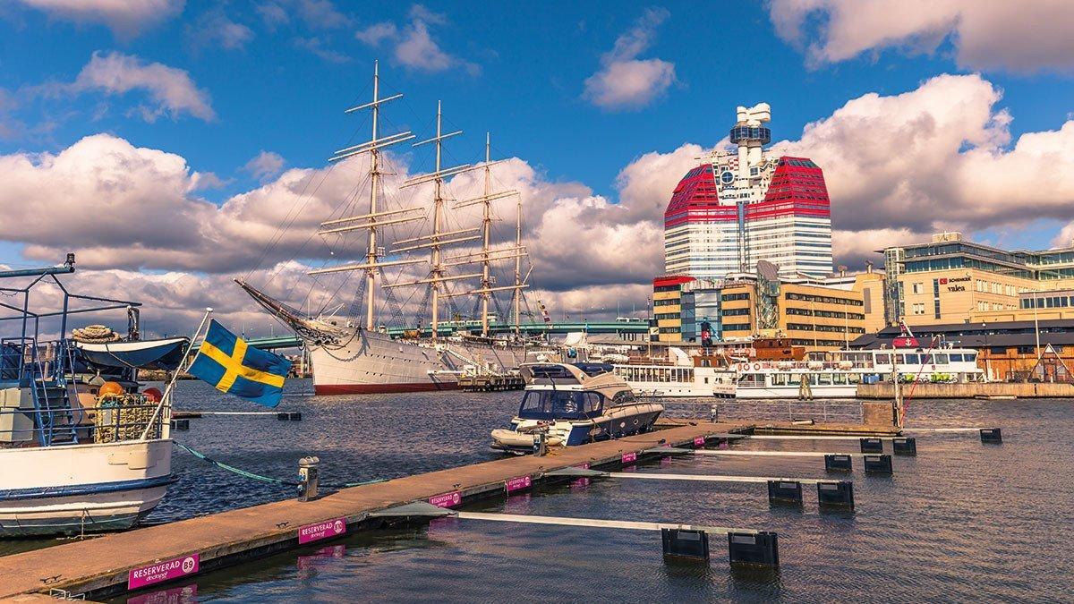 Hafen von Göteborg mit Segelschiff