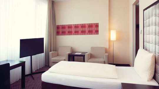 Mercure Hotel München Neuperlach Süd ★★★★