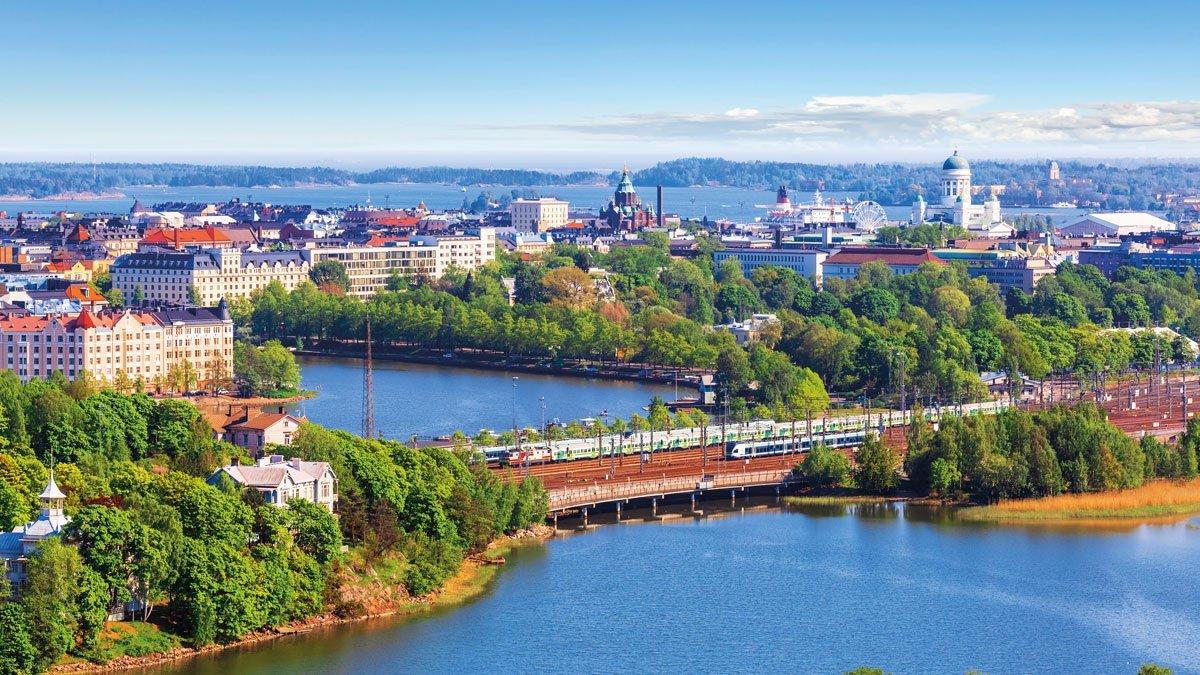 Stadtansicht mit Fluss