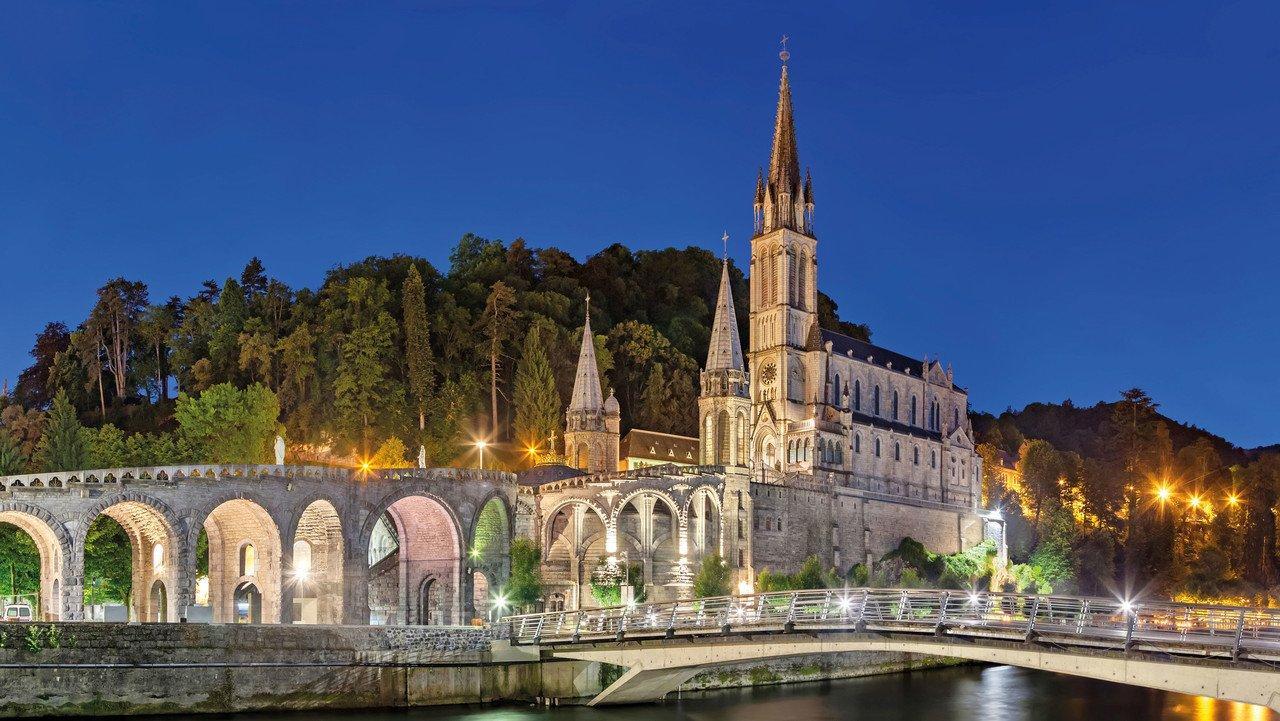 Rosenkranzbasilika in Lourdes