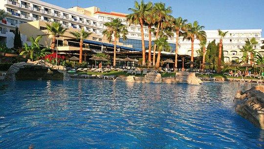 St. George Hotel Spa & Golf Beach Resort ★★★★