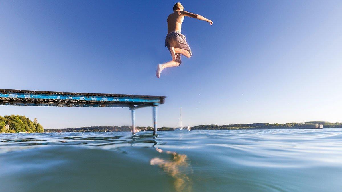 Sprung ins Wasser am Ruhlesee