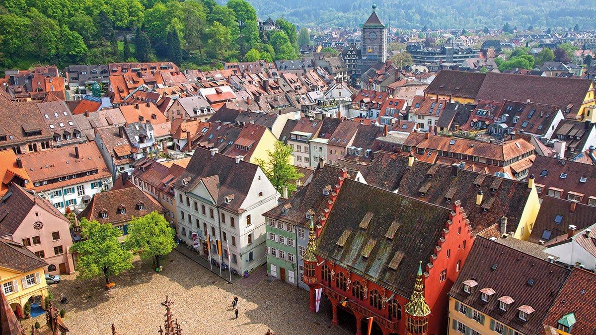 Kirchturm in Freiburg im Breisgau
