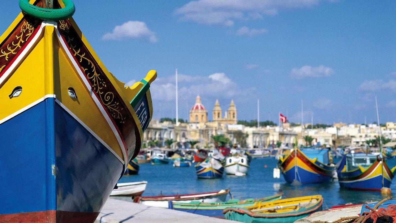 Malta Stimmung mit buntem Boot