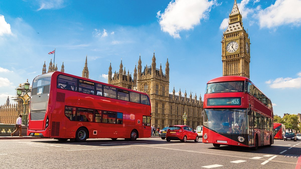 London Bus vor dem Big Ben