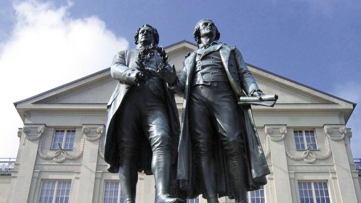 Goethe und Schiller Statue