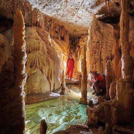 Grotten und Karst