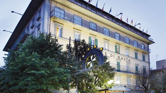 z. B. Grand Hotel Croce di Malta★★★★+