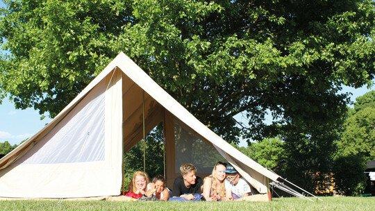 Verschiedene Campingplätze