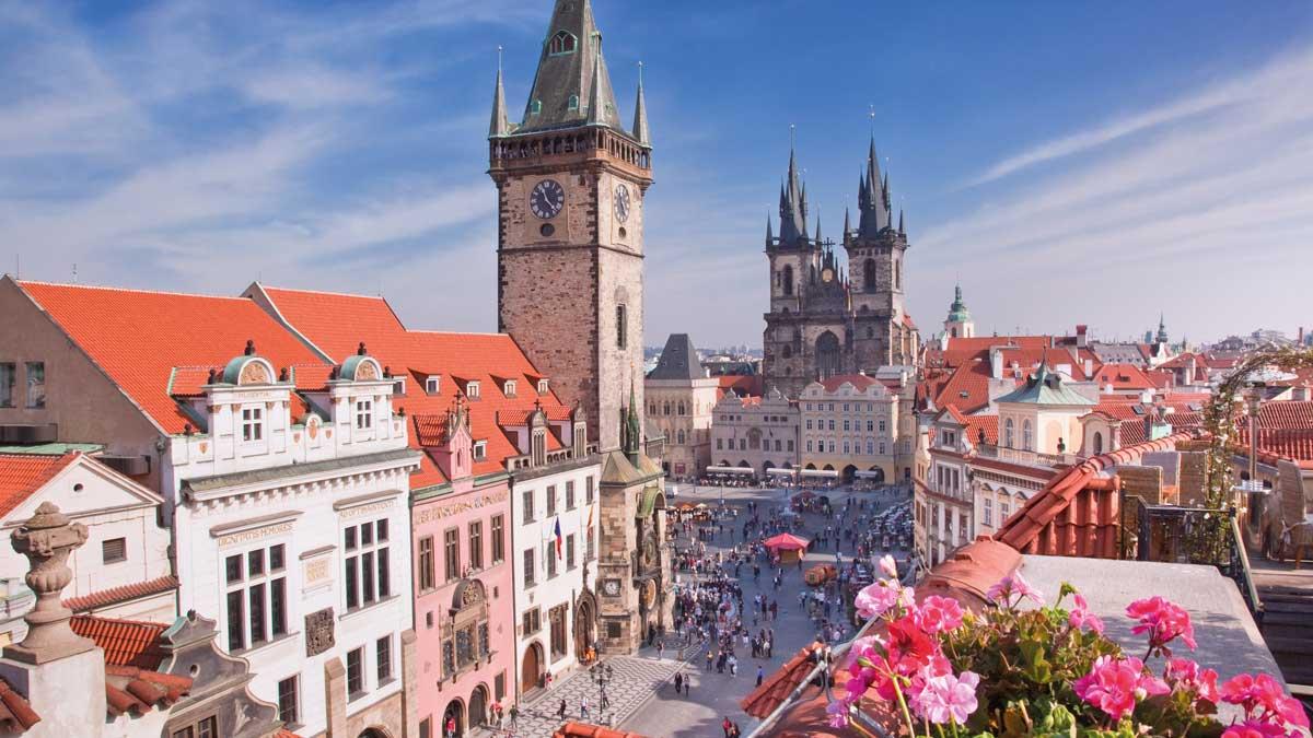 Marktplatz mit Prager Altstadt
