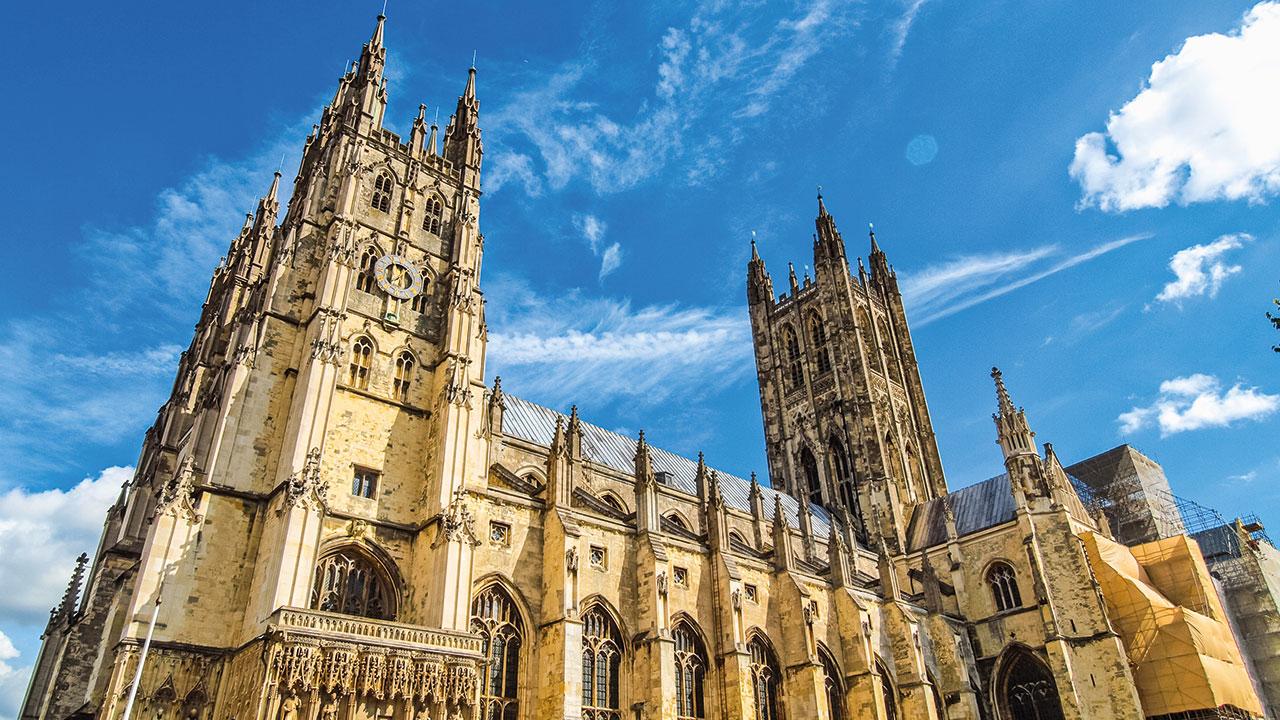 Kathedrale von Canterbury bei Sonnenschein im Licht