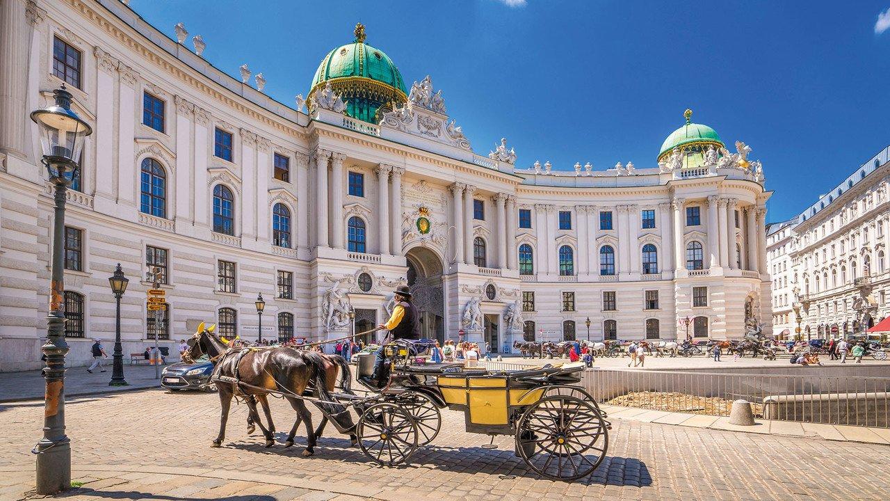 Fiaker vor Wiener Hofburg