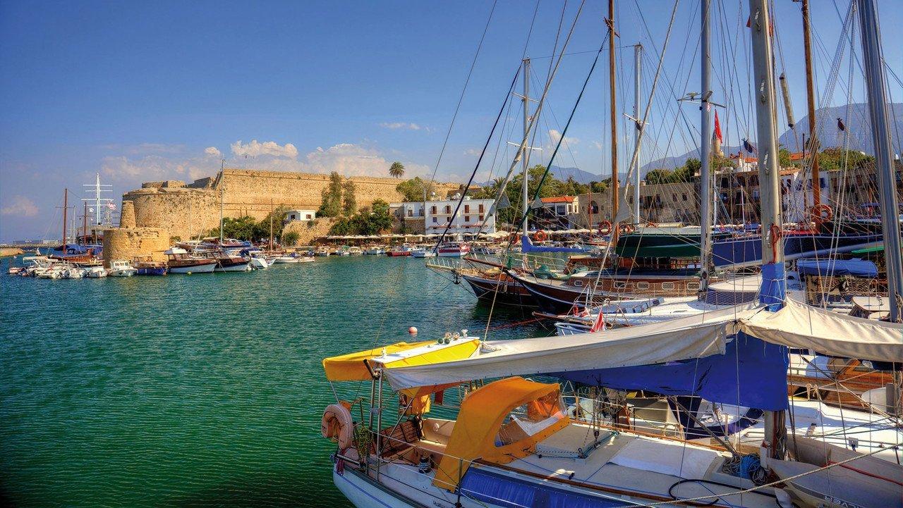 Kyrenia mitteralterlicher Hafen und Burg