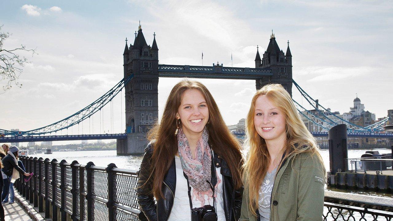 Schülerinnen in England