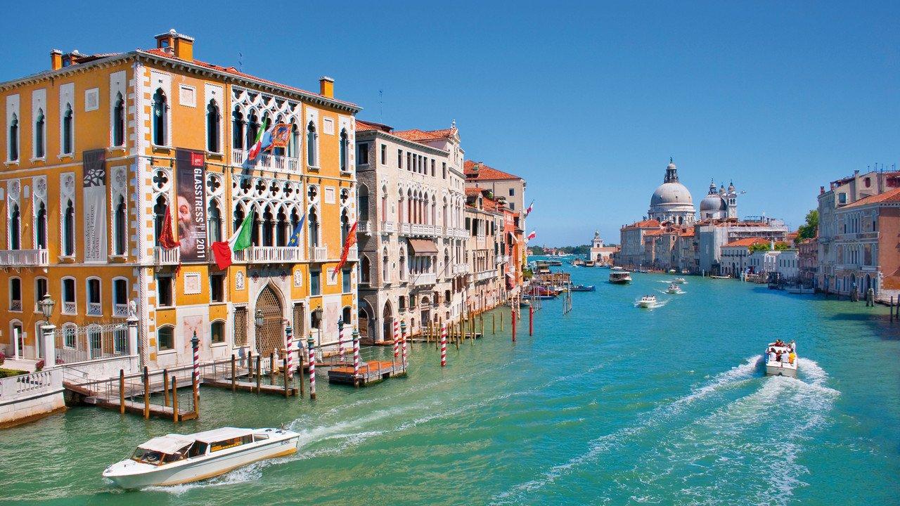 Der Canale Grande mit Blick auf San Marco