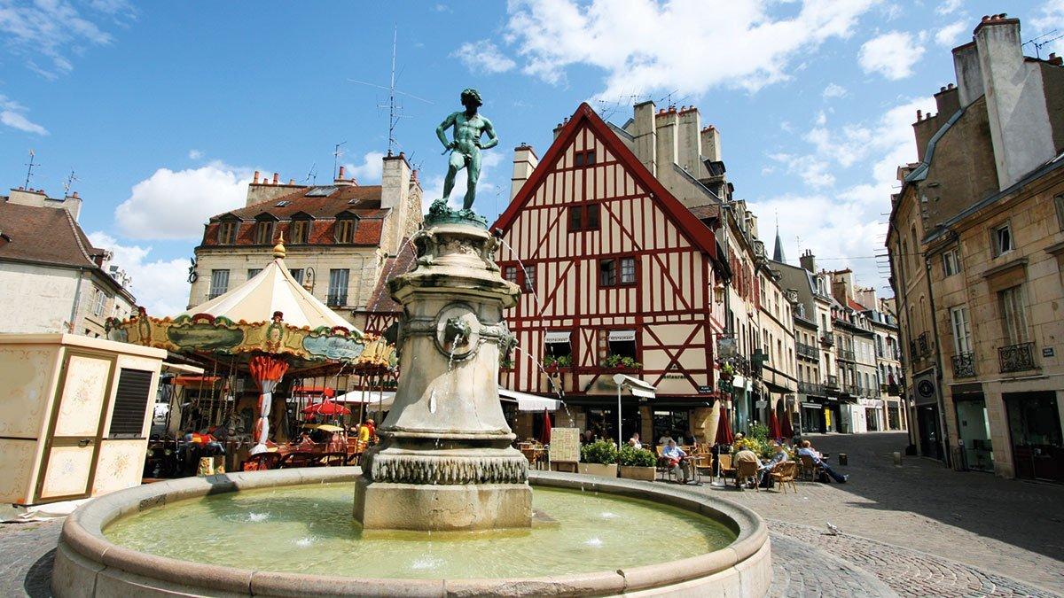 Dijon Brunnen