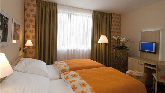 Iris Hotel Eden★★★★