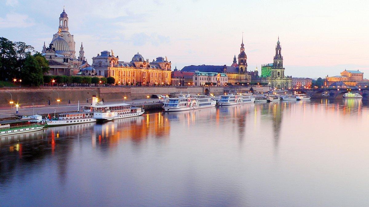 Dresden Panoramablick auf den Fluss