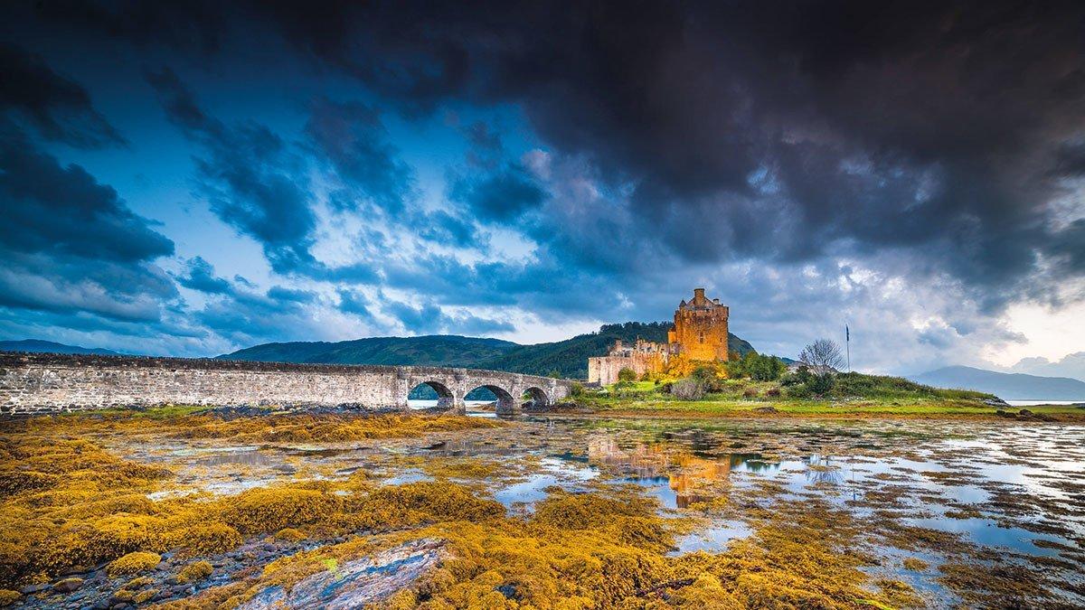 Eilean Donan Castle am Abend