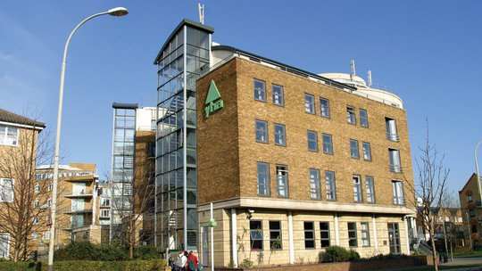 LONDON: YHA Thameside