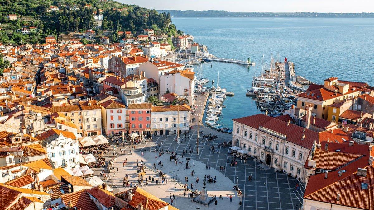 Blick auf Piran in Slowenien