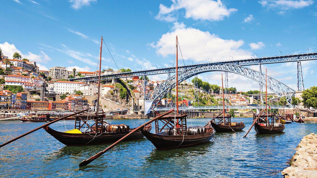 Boote in Porto auf dem Douro