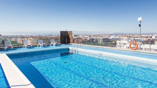z. B.: Hotel Expo Valencia★★★