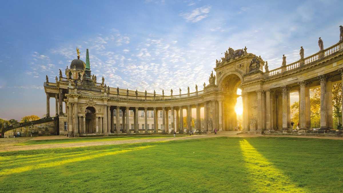 Sanssouci bei Sonnenschein in Potsdam