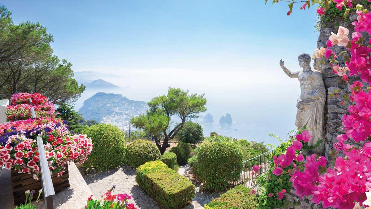 Wunderschöner Ausblick auf den Golf von Neapel