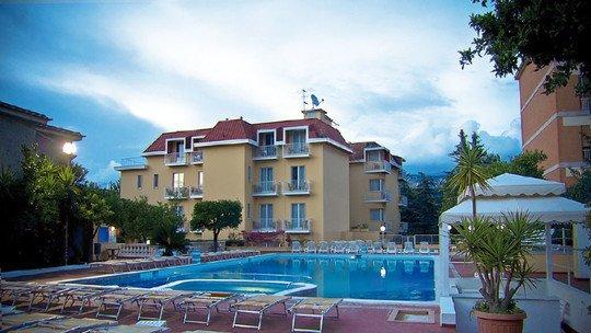 z. B. Grand Hotel Parco del Sole★★★★