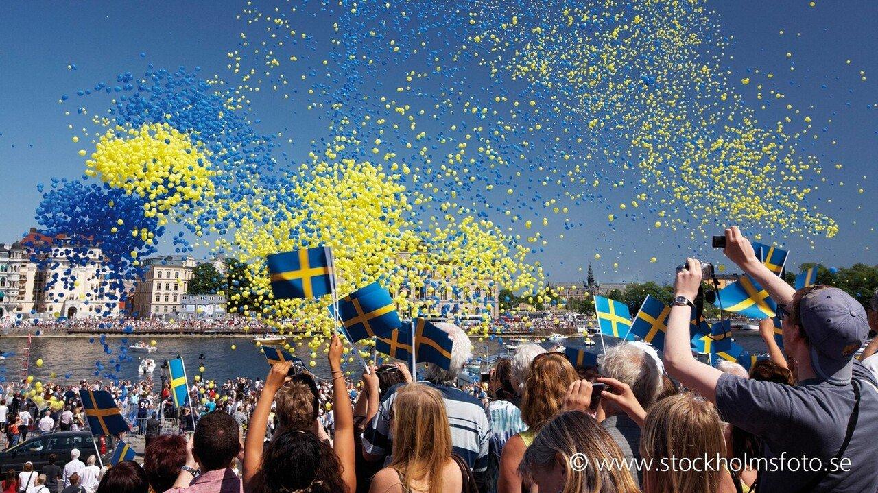 Feiernde Schweden in Stockholm