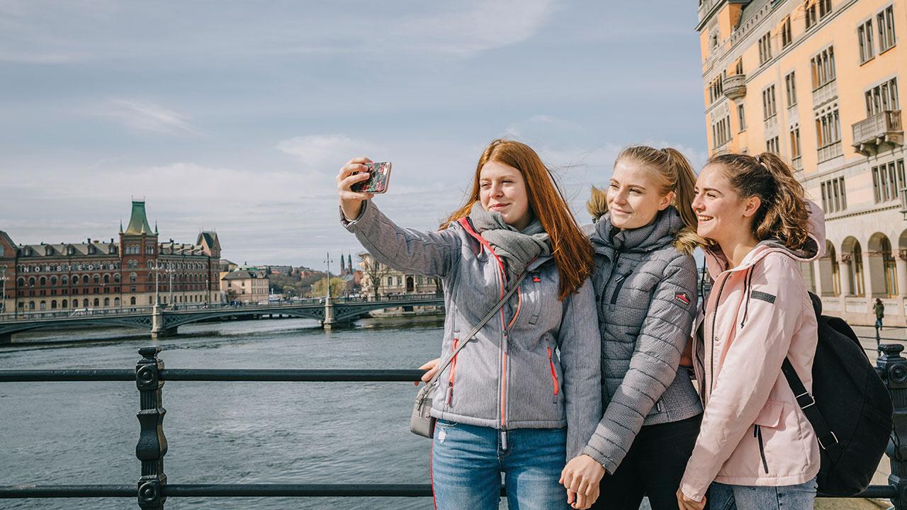 Mädchen machen ein Selfie