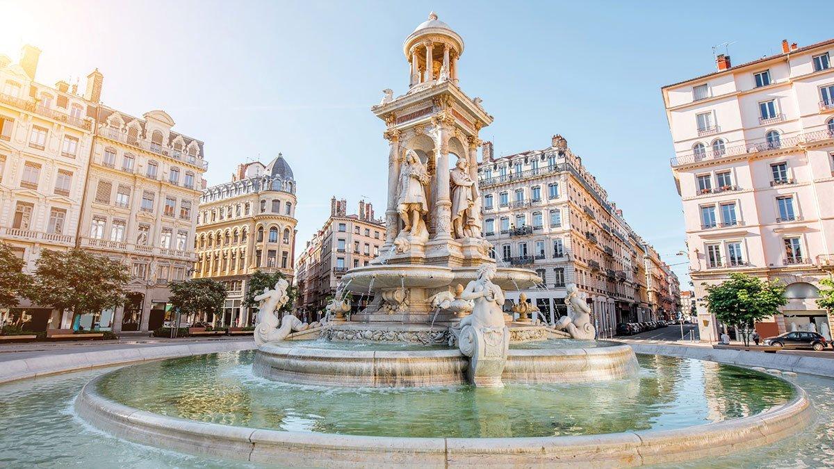 Lyon Place des Jacobins