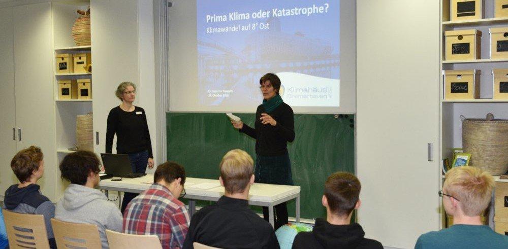 Schüler während des Vortrags