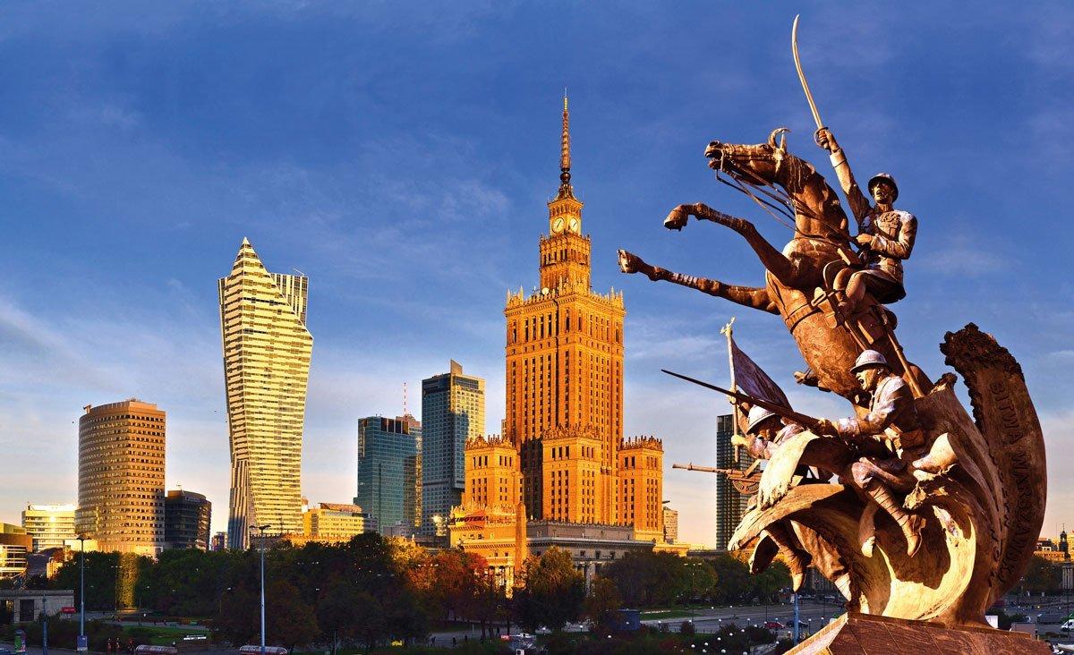 Warschau-Panorama-bei-Sonnenuntergang