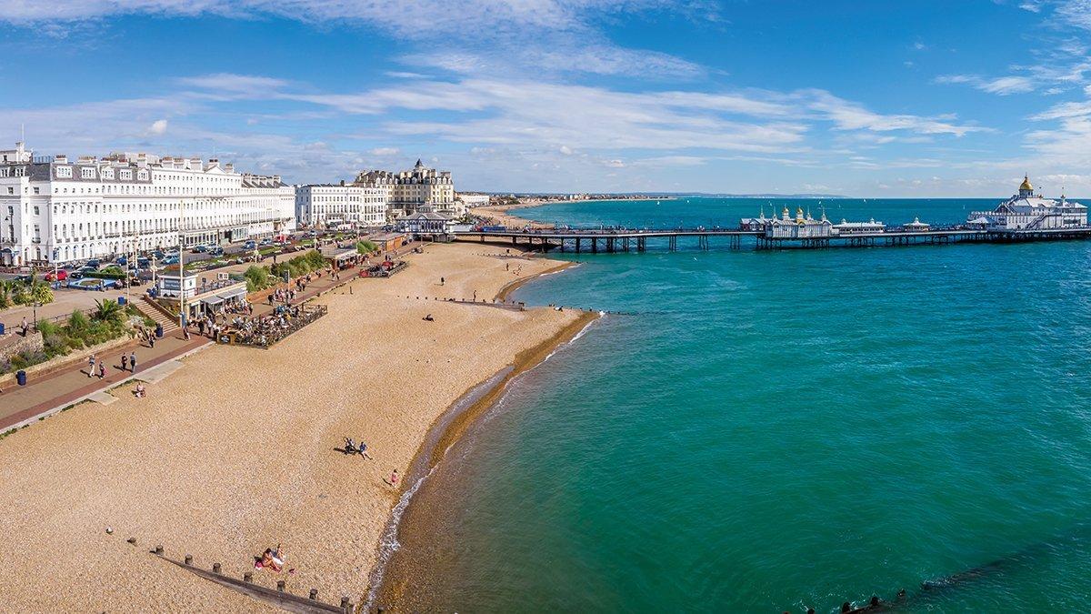 Eastbourne mit Blick auf die Promenade